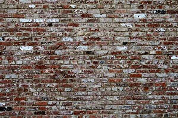 Adherir revestimiento de ladrillo en una pared - Guía de albañilería